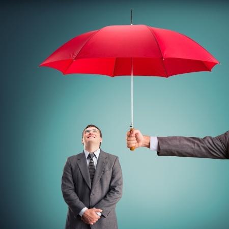 アメリカのコンサルティング会社マッキンゼーで使われている「空→雨→傘」のフレームワーク